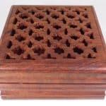 Caja de madera tallada - para joyas, recuerdos, cartas de tarot, popurrí o dijes 6
